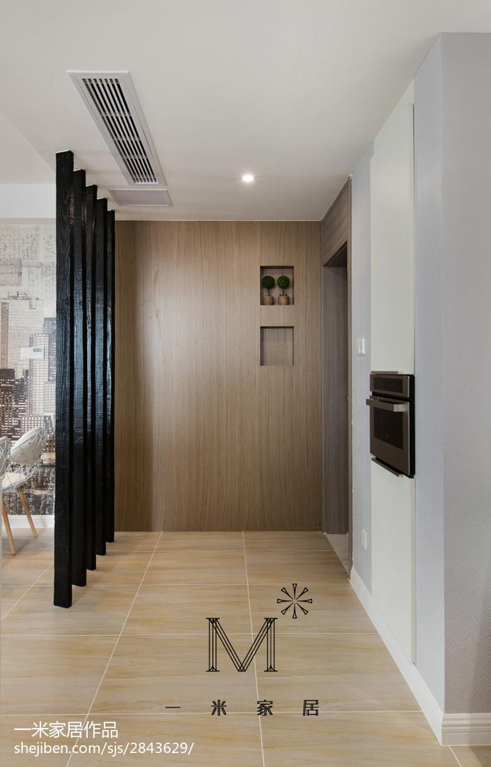 精选面积87平现代二居玄关装饰图
