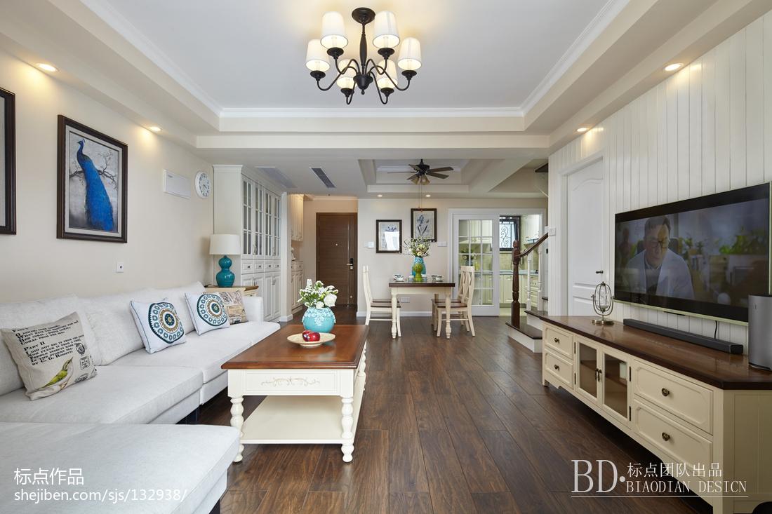 2019140平美式复式客厅装修装饰图