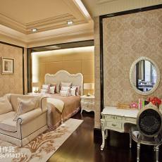热门面积96平现代三居卧室实景图