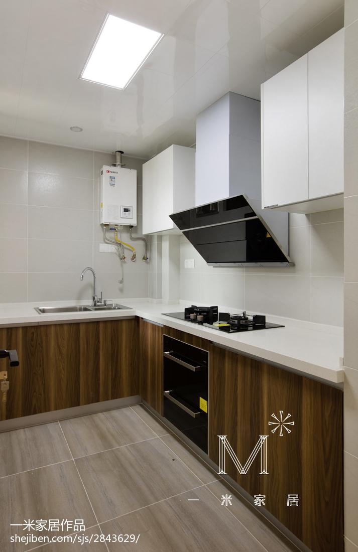精美现代小户型厨房装饰图