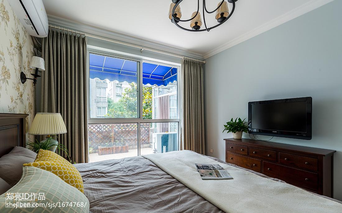 优美61平美式二居卧室布置图