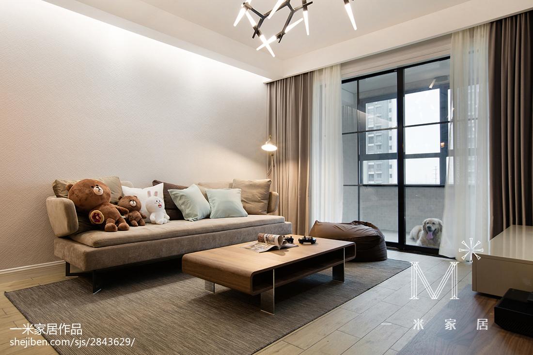 2018面积76平现代二居客厅装修实景图