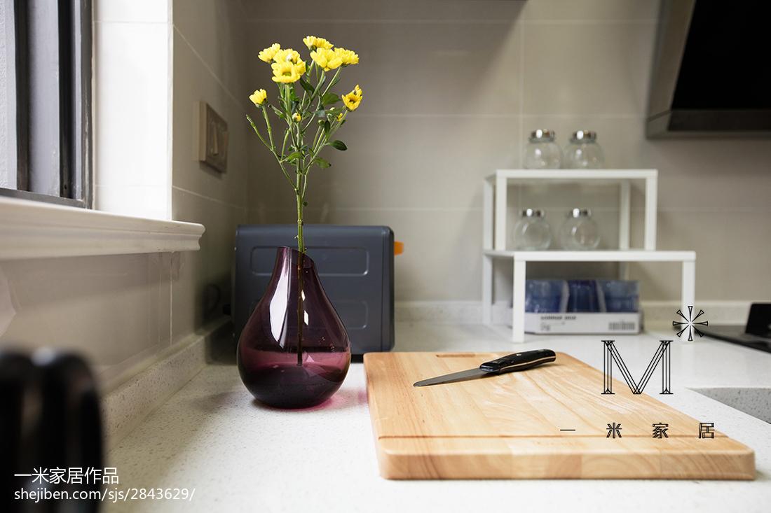 精选86平米二居厨房现代装修效果图片大全