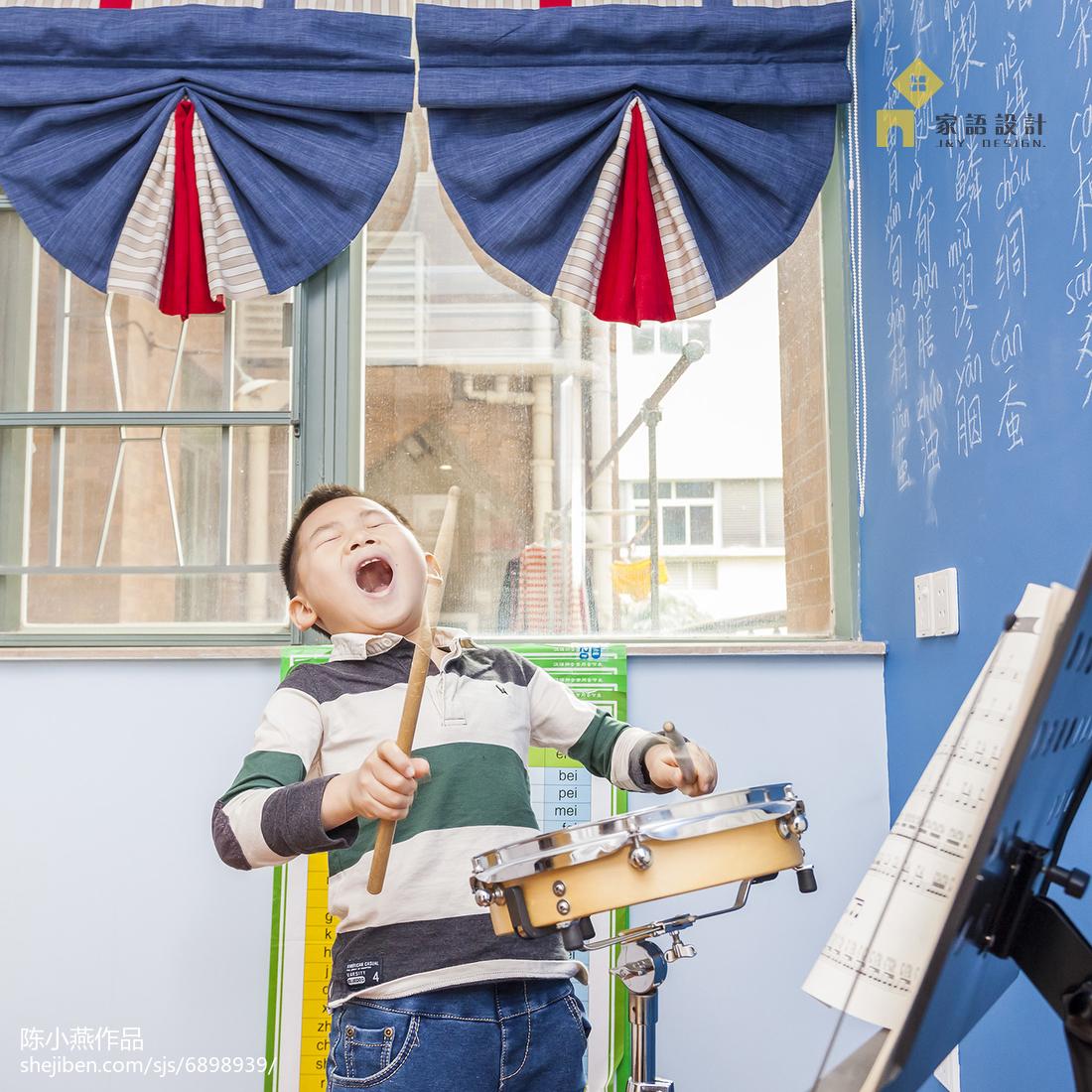 轻奢95平美式三居儿童房装修设计图
