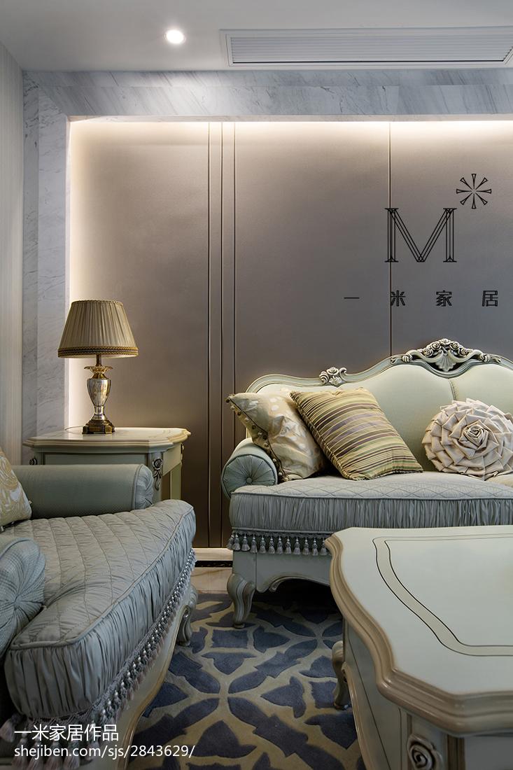 典雅89平现代三居客厅装修图