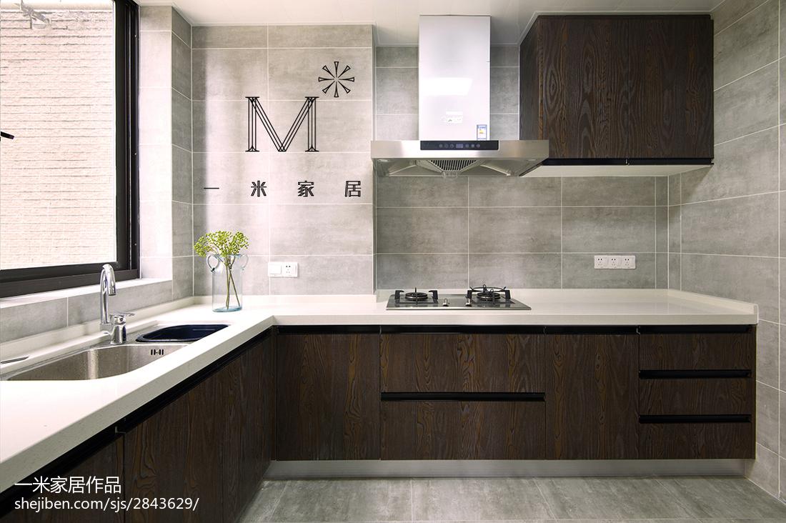 2018面积92平现代三居厨房装饰图片大全