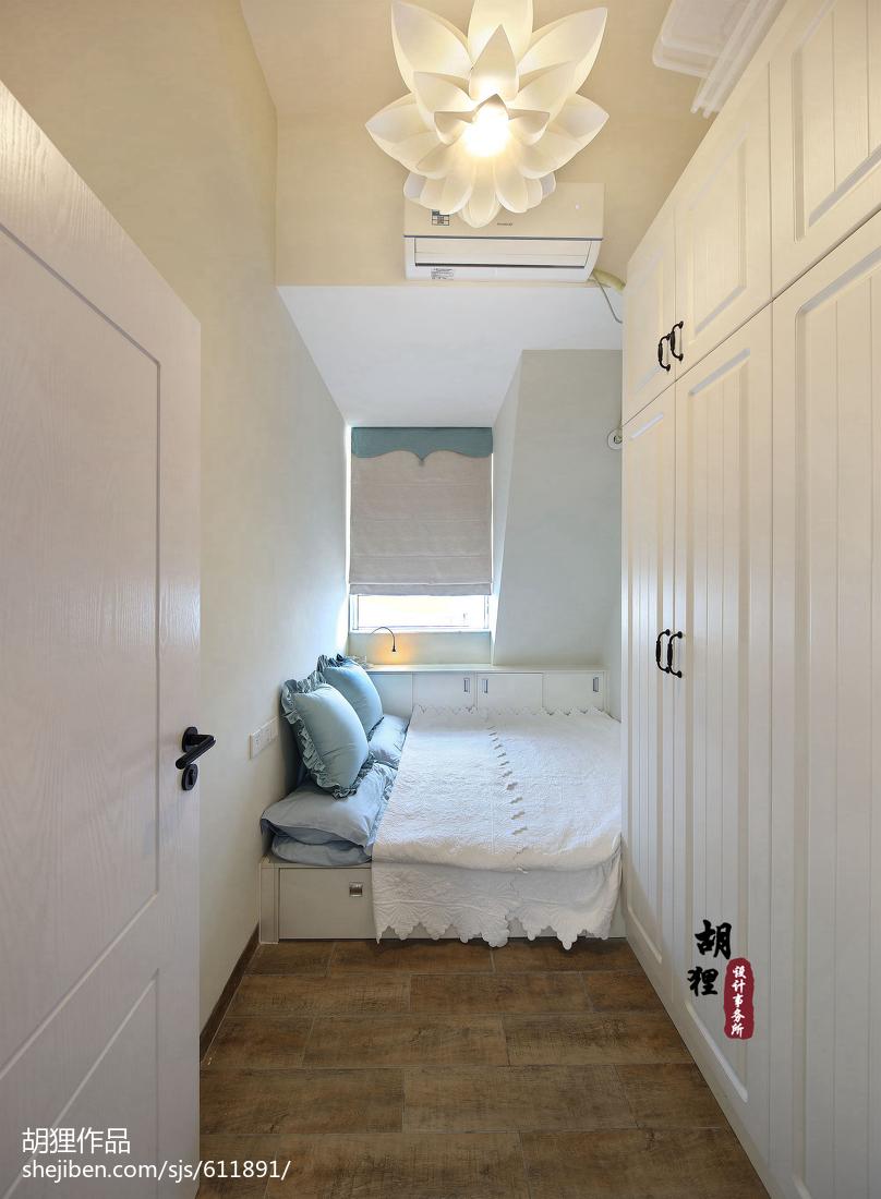 大气53平北欧复式卧室装修效果图