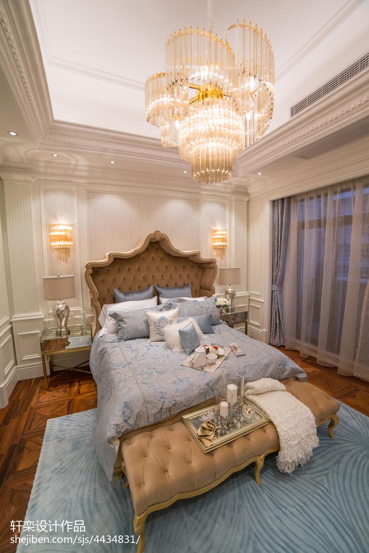 2018136平米欧式别墅卧室装饰图片大全