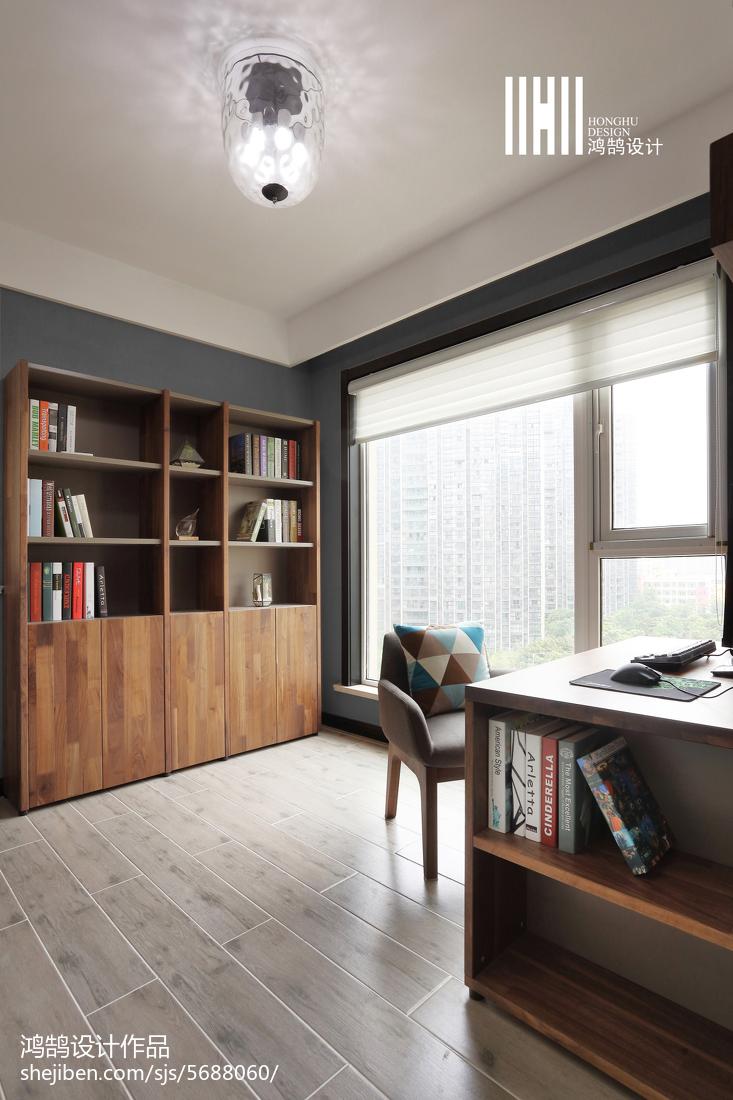 热门108平米三居书房简约实景图片大全