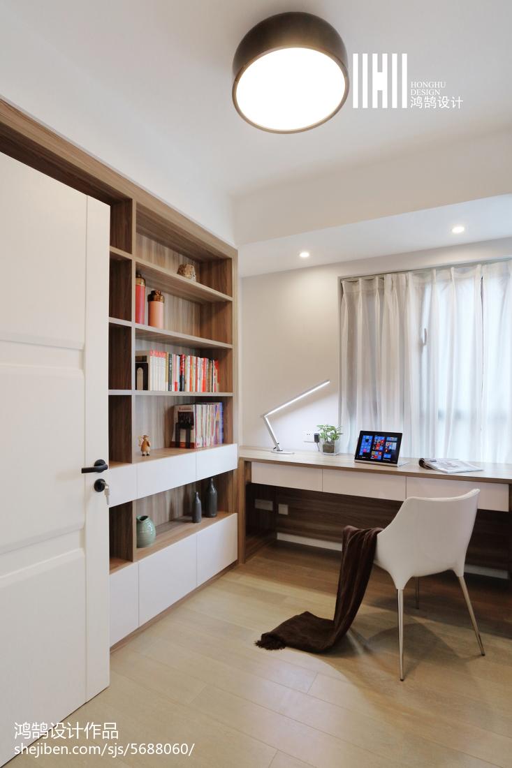 热门72平米二居书房现代欣赏图