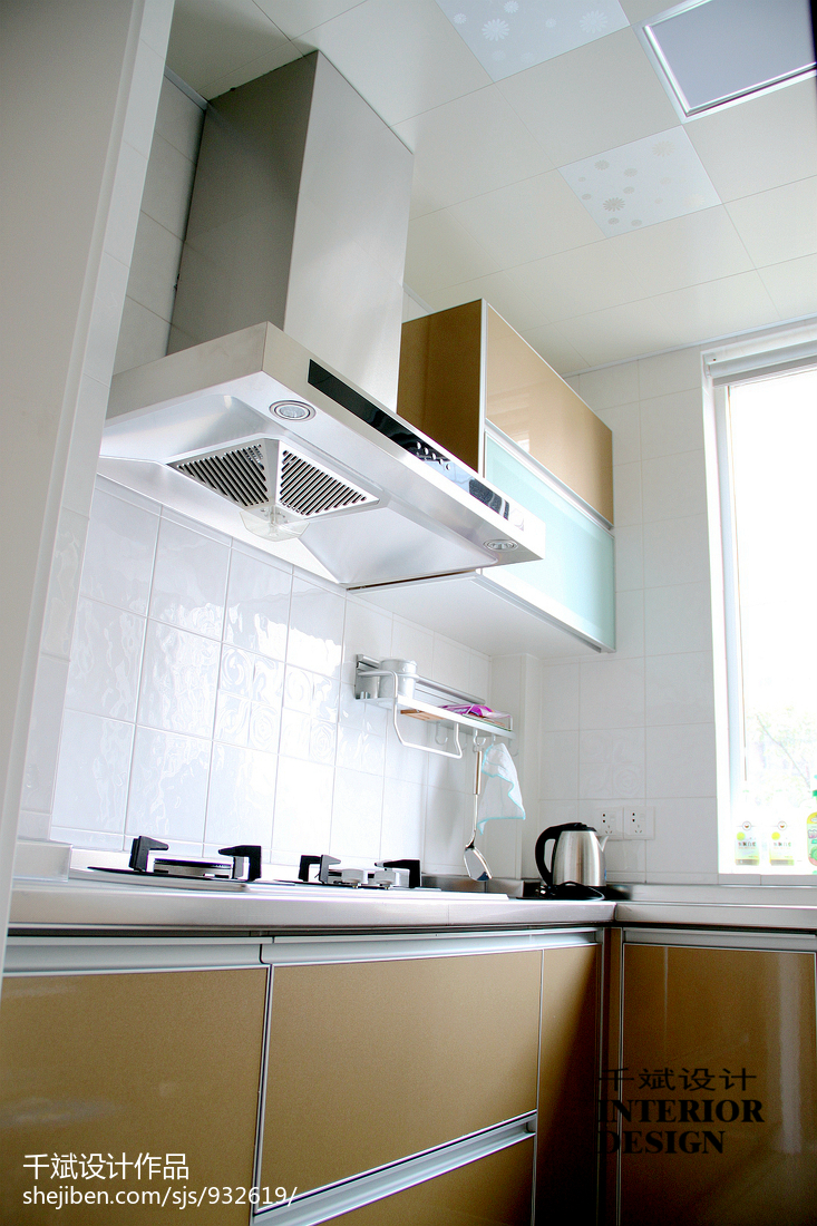 开放厨房用什么吊顶 开放厨房吊顶选择 - 天花... - 土巴兔装修网