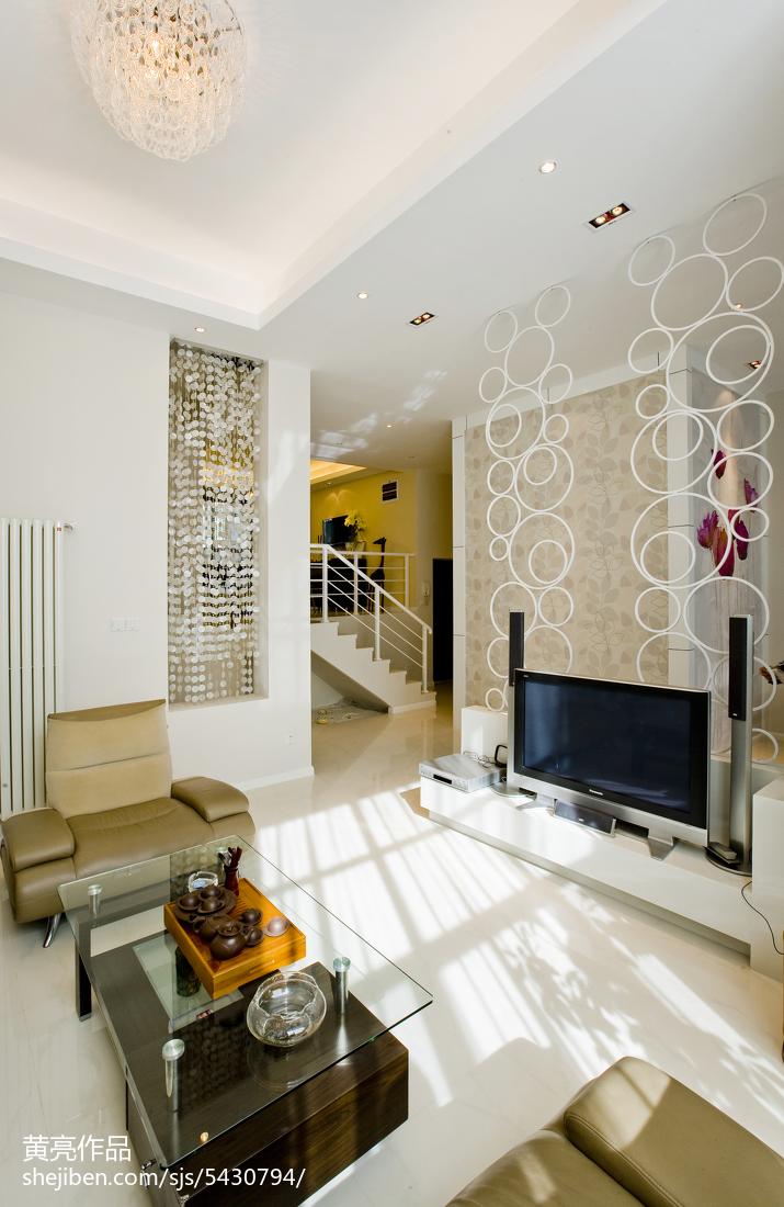 现代复式楼室内装潢图片