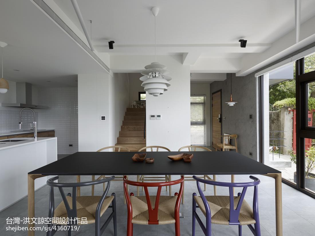 热门132平米现代复式餐厅装修图片