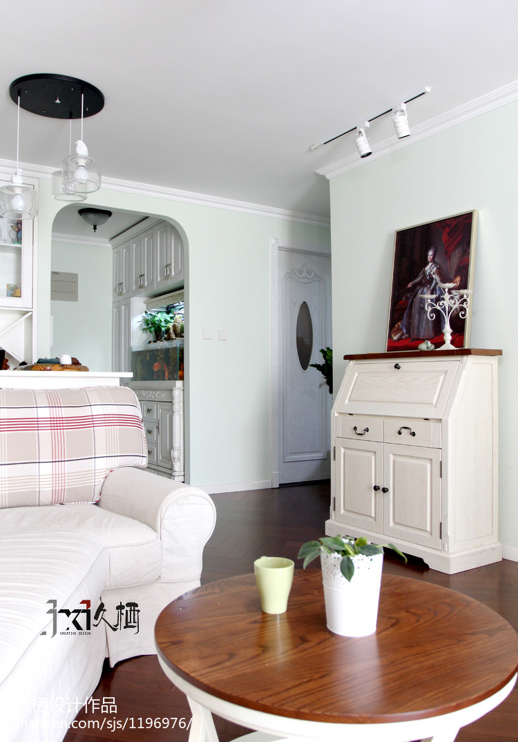悠雅71平美式二居客厅装修效果图
