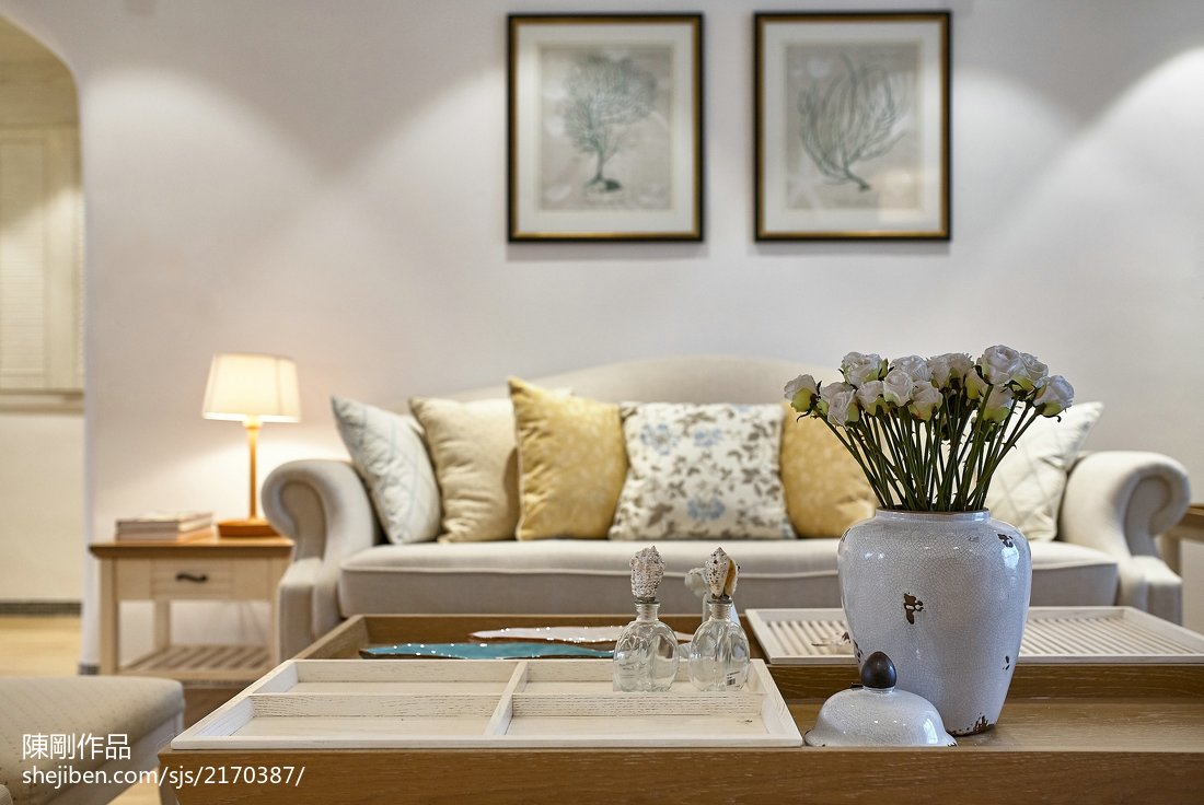 悠雅113平地中海三居客厅装修案例
