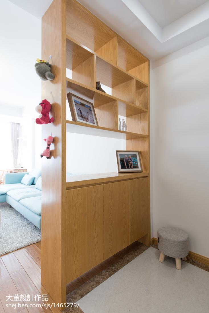 201876平米二居玄关宜家装修设计效果图片