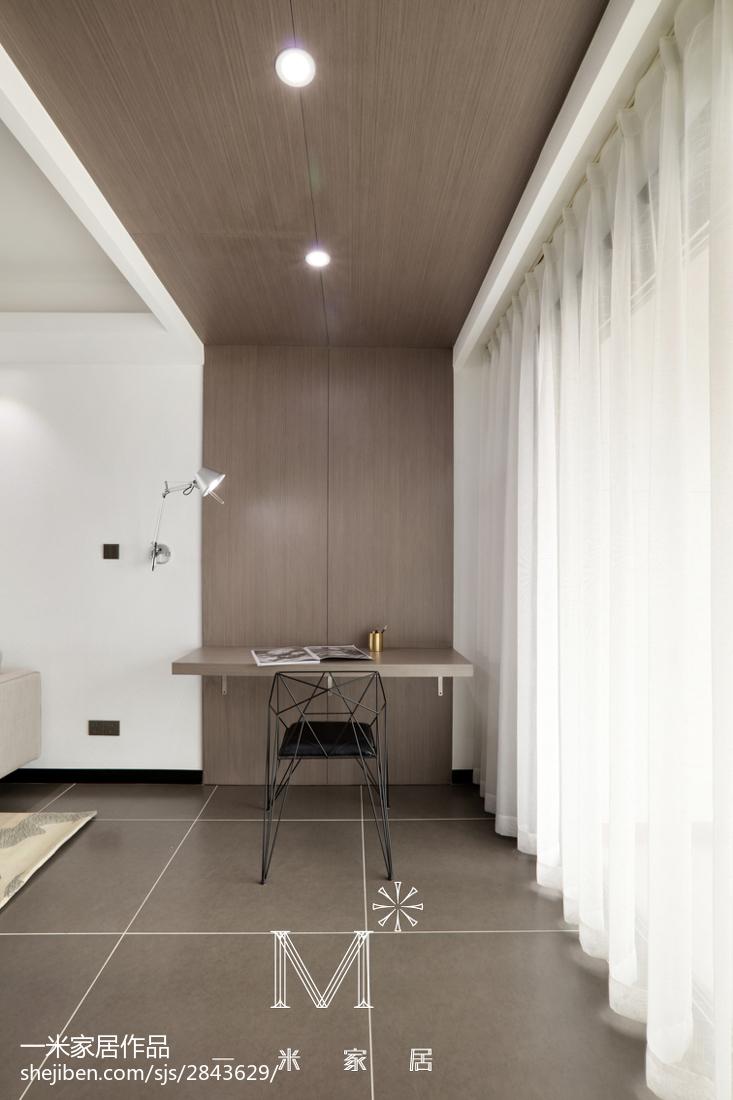 精美面积78平现代二居客厅装修实景图