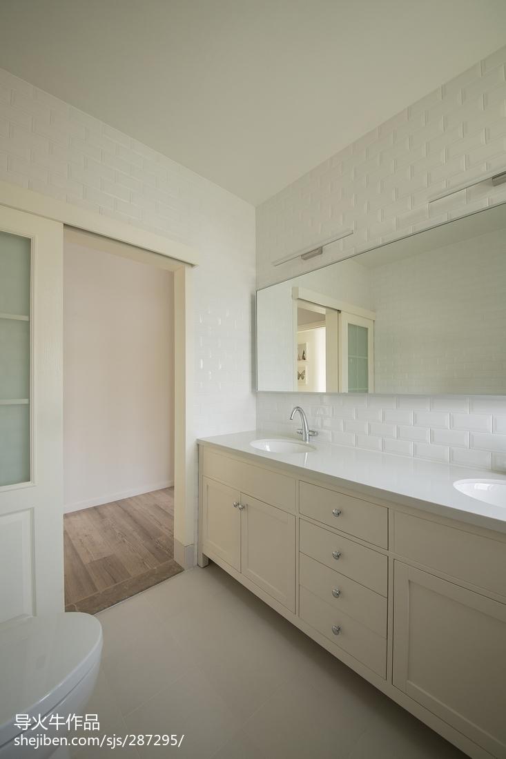 精选面积110平复式卫生间北欧装饰图片