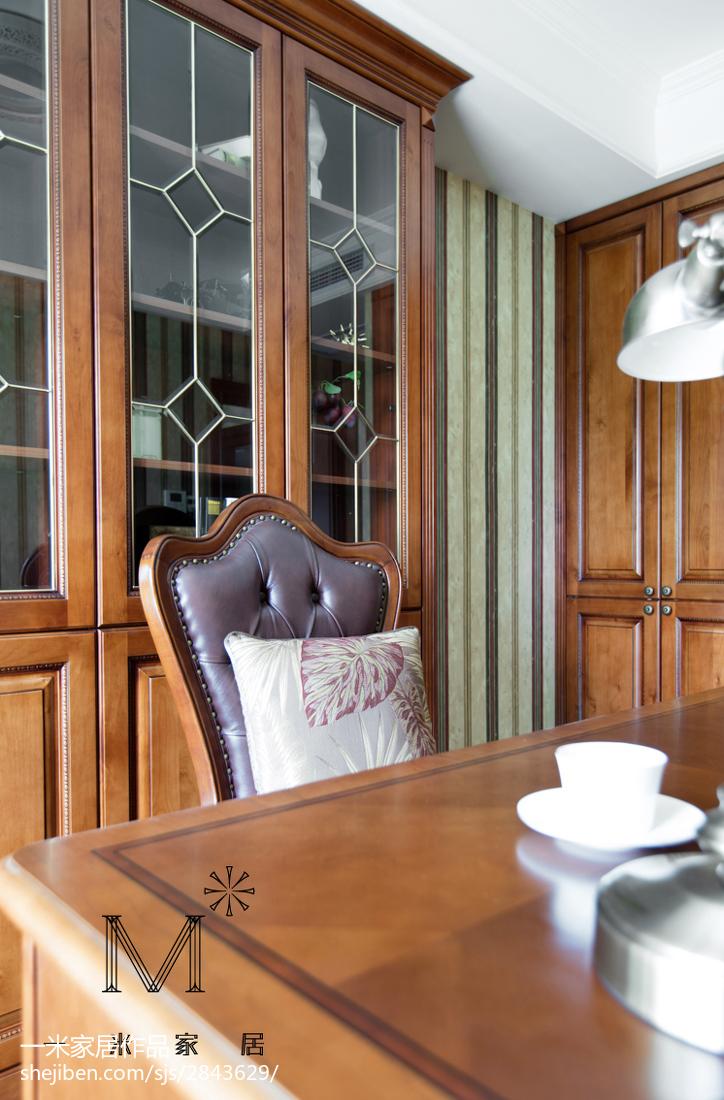 热门面积73平欧式二居书房装修实景图片