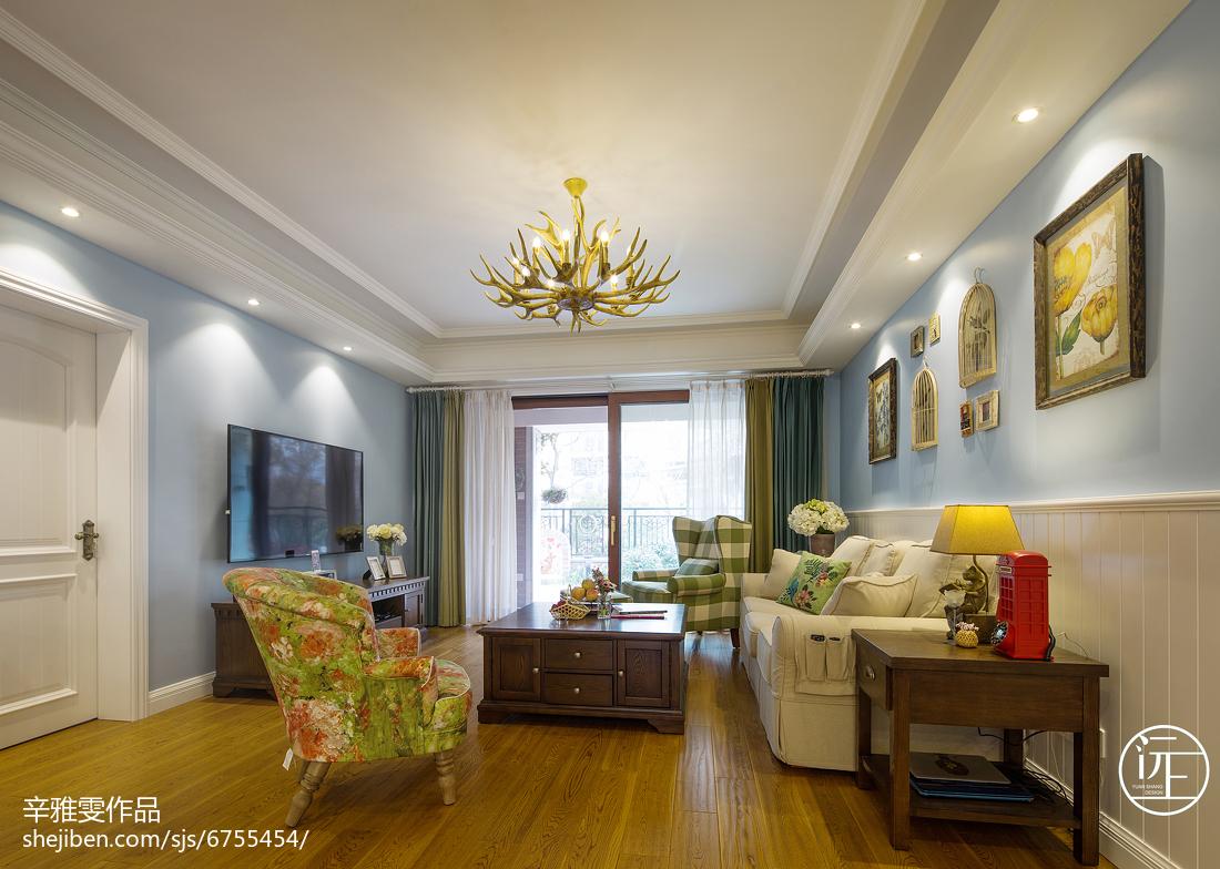 华丽200平美式复式客厅效果图