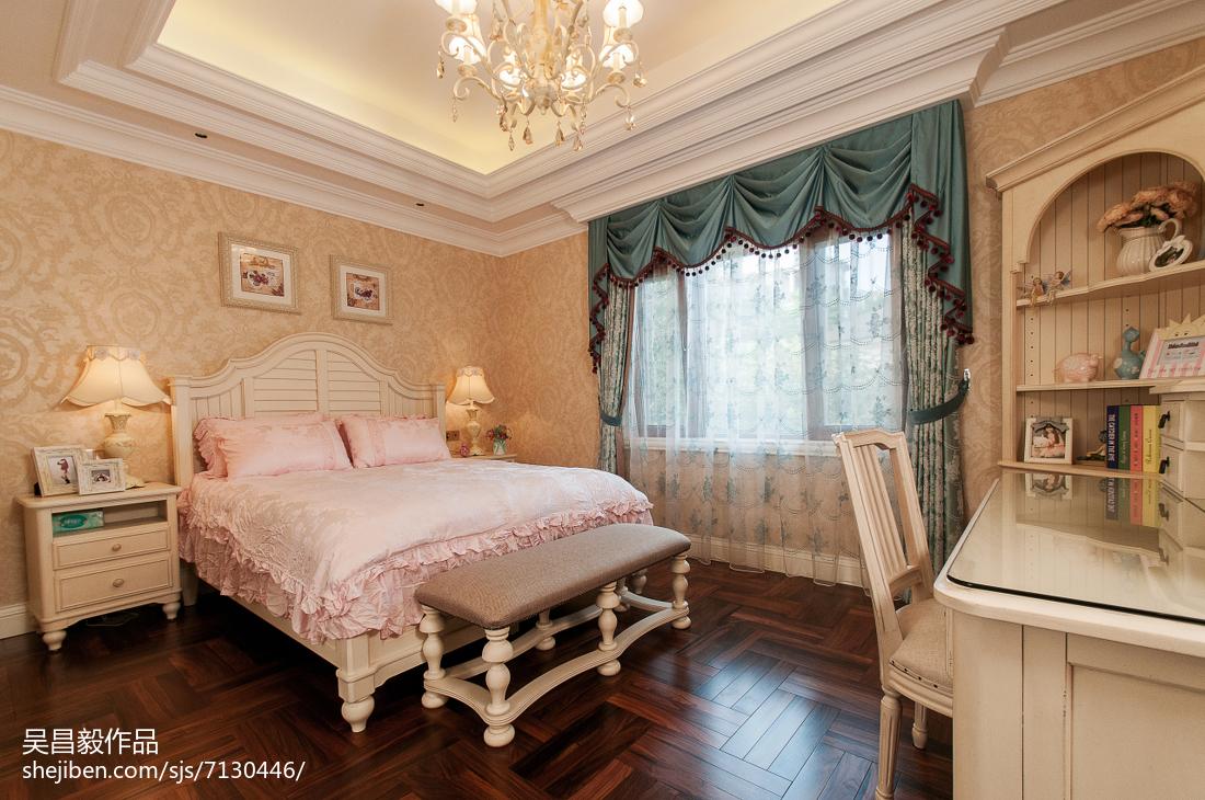 温馨欧式风格家居卧室布置