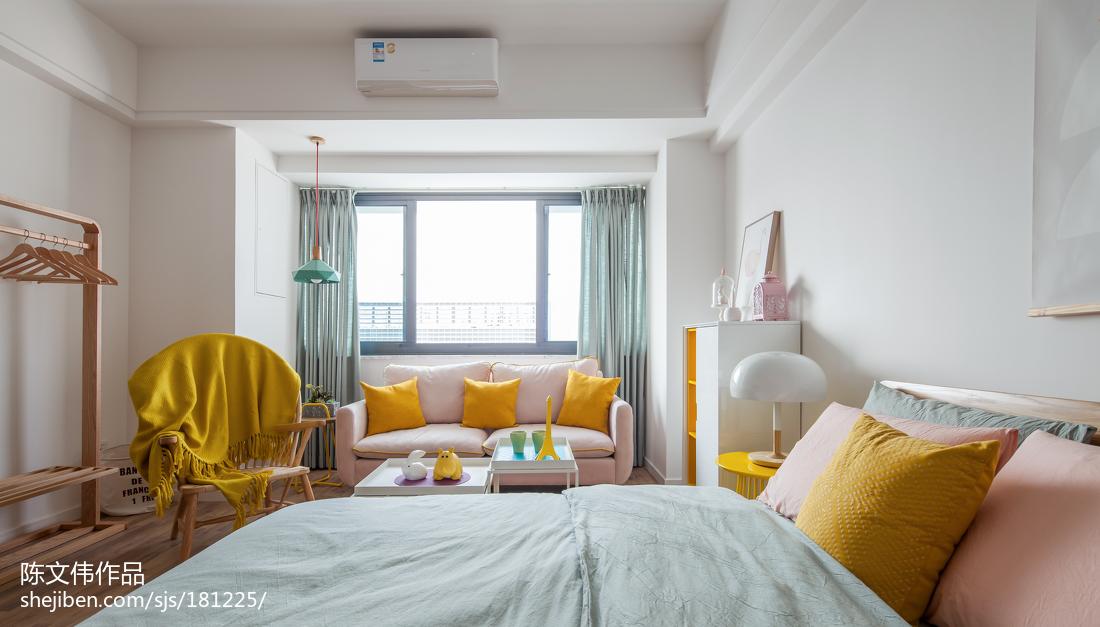 热门小户型卧室北欧实景图