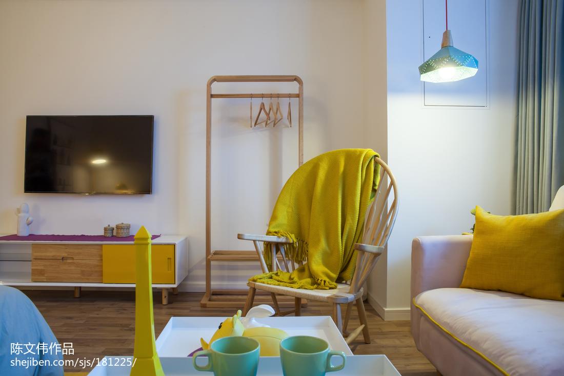 热门小户型卧室北欧装饰图片