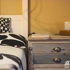 温馨61平混搭二居卧室实拍图