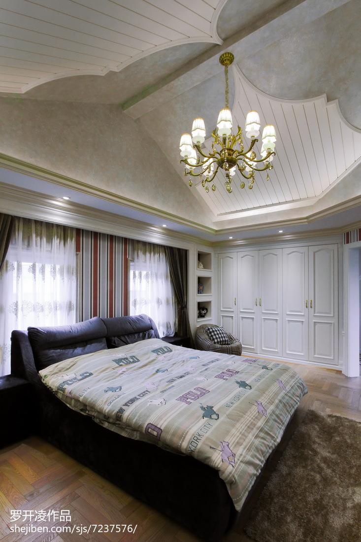 2018135平米欧式别墅卧室装修设计效果图