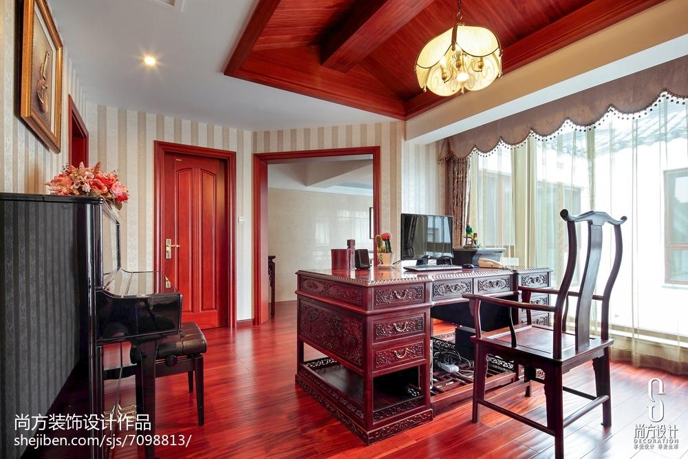 精美130平米中式别墅书房装修实景图片