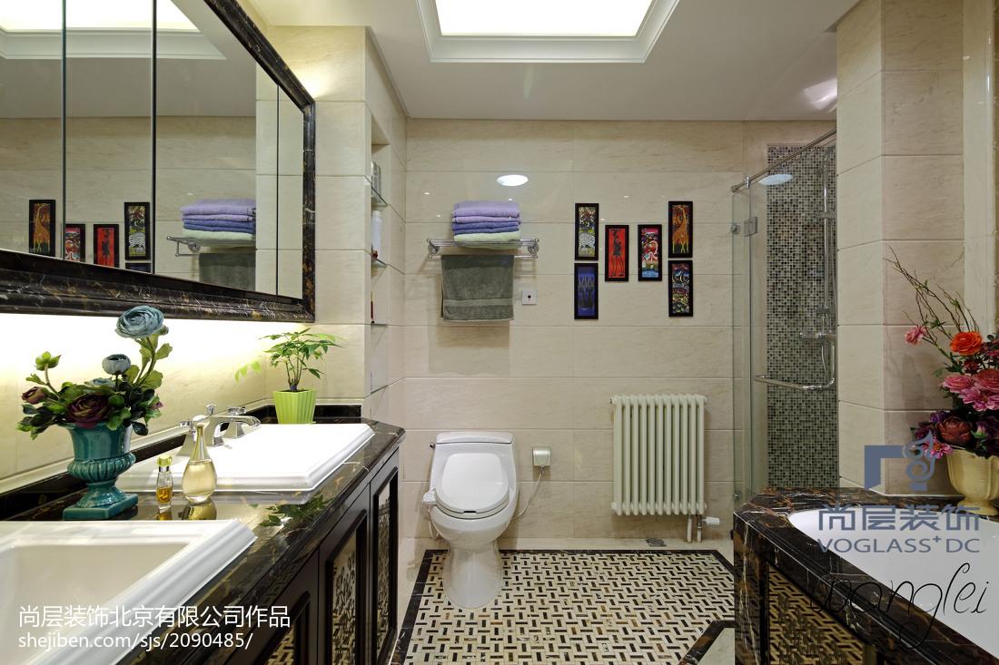 面积117平新古典四居卫生间装修设计效果图