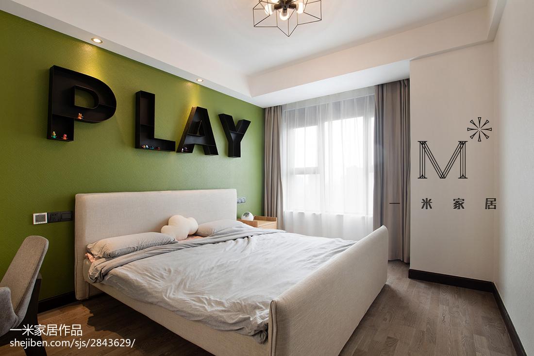 简单现代风格二居室卧室装修