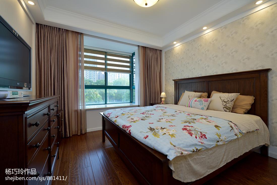 精美二居卧室美式实景图片欣赏