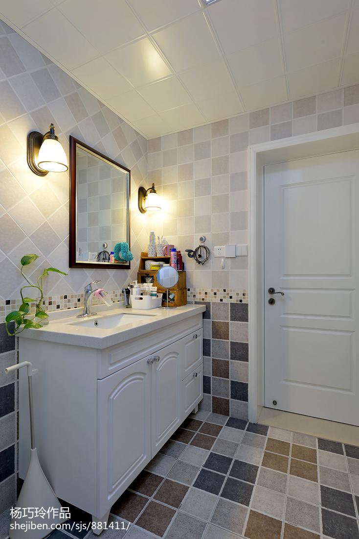 家装美式风格卫浴效果图