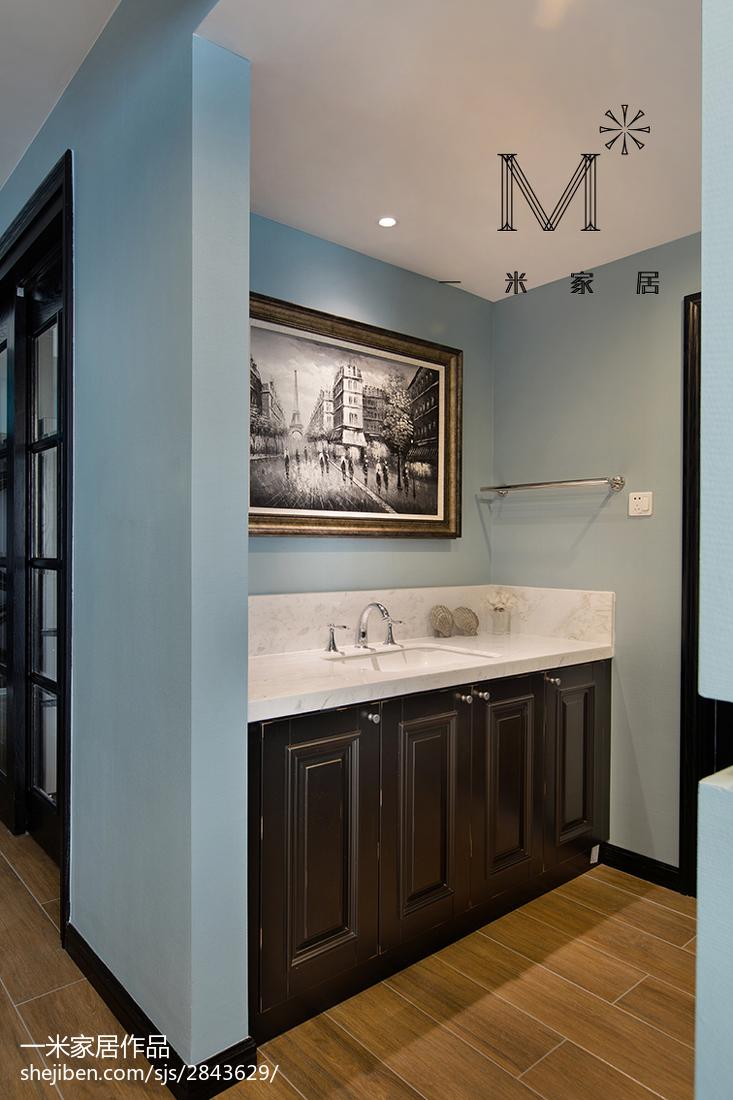 热门75平米二居卫生间现代装修效果图片大全
