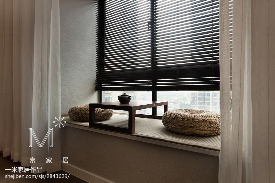 2018精选105平米三居客厅现代装修图片大全