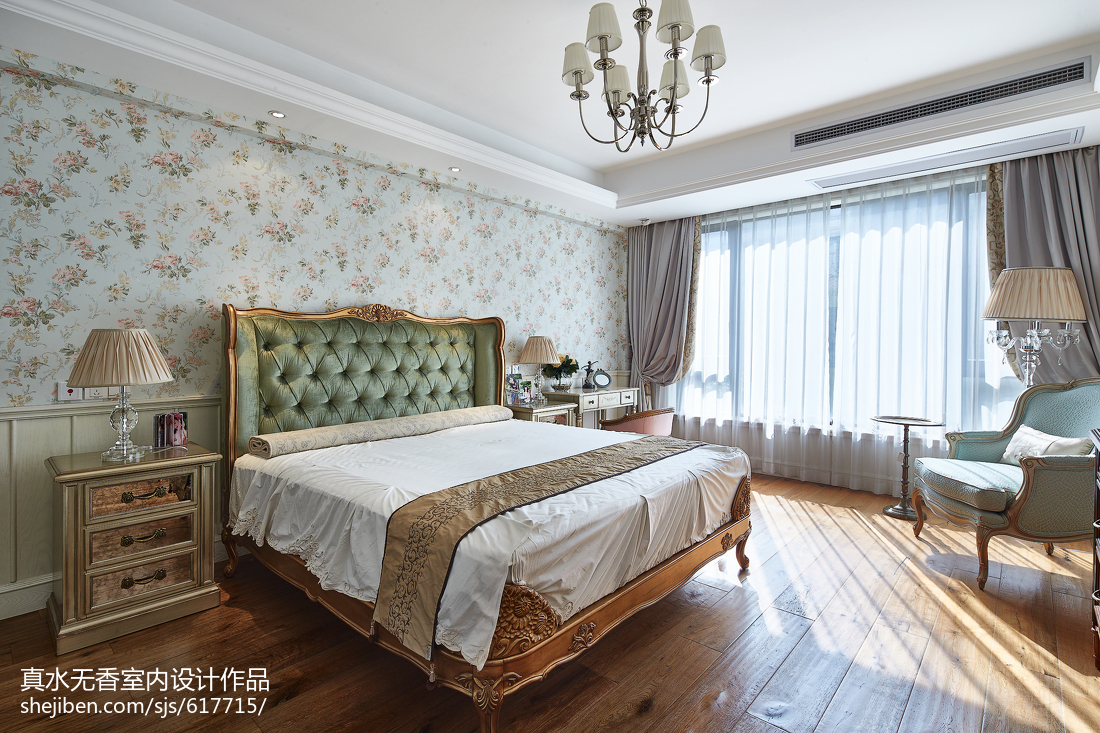 清新美式风格复式卧室设计