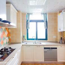 2018精选面积92平美式三居厨房实景图