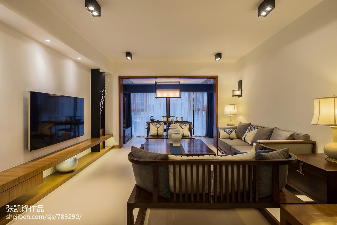 大气106平中式三居客厅装修图片