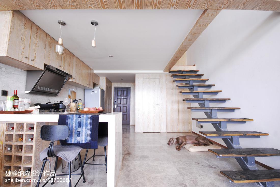 混搭風格復式樓梯裝修案例