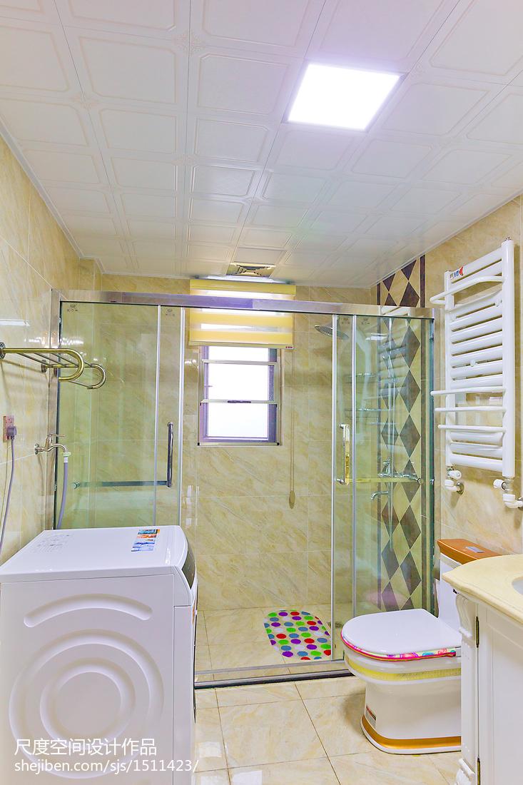 明亮欧式卫浴效果图