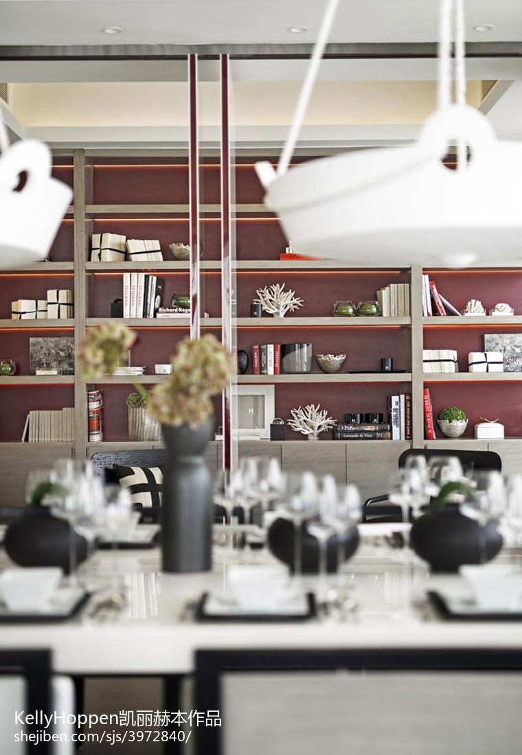 精选125平方现代别墅客厅装饰图