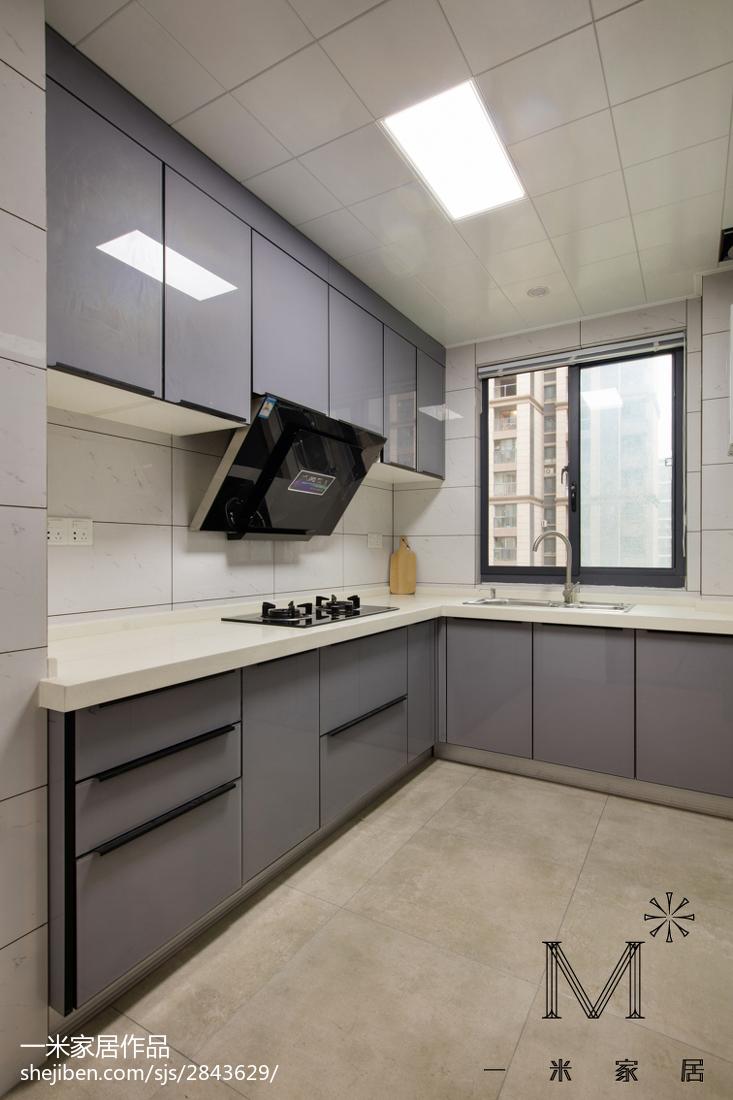 极简现代风格厨房设计图片