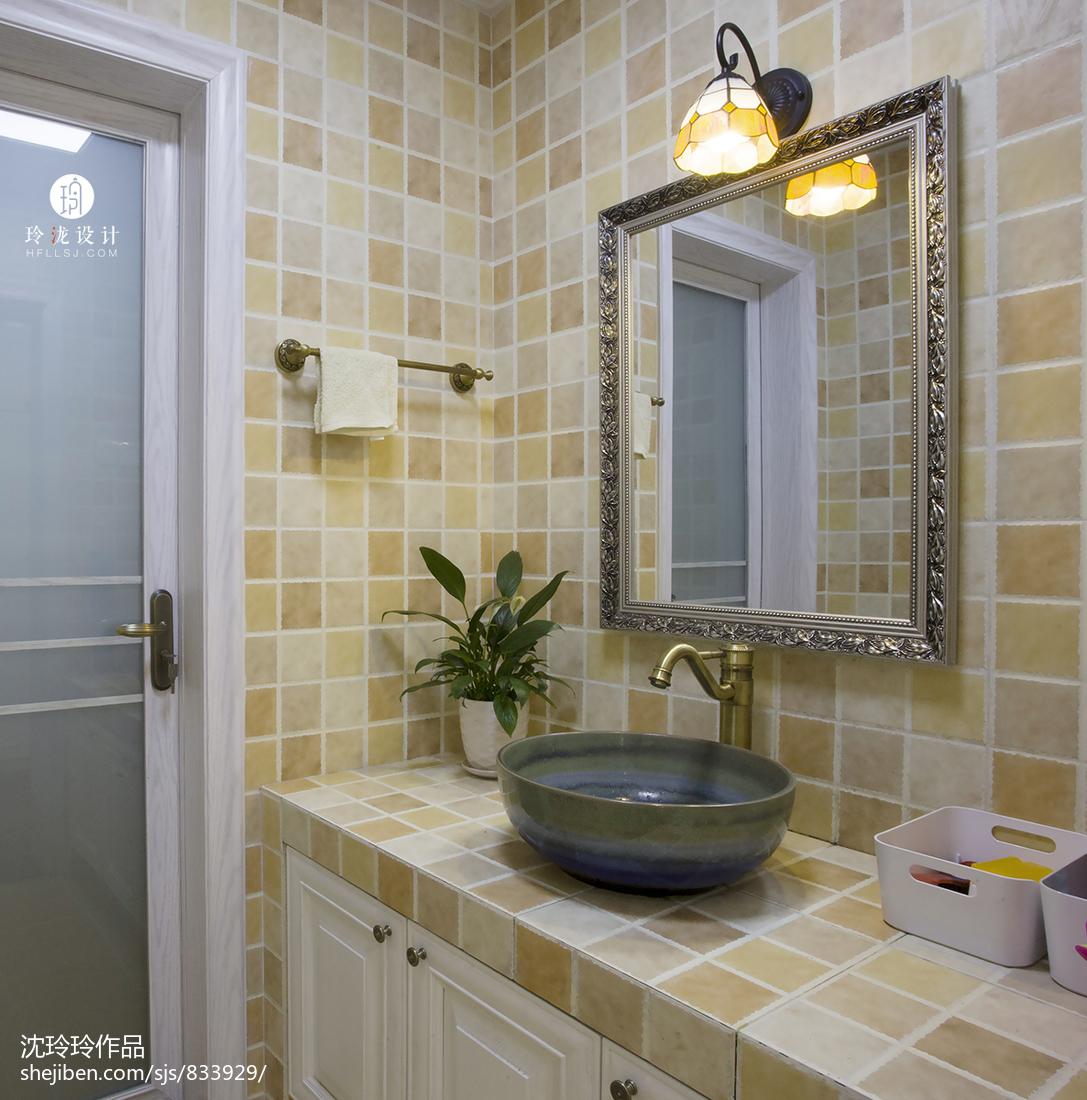 2018精选美式复式卫生间装饰图片欣赏