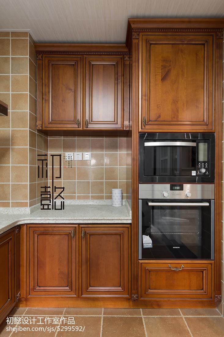 2018144平米四居厨房美式装修设计效果图片