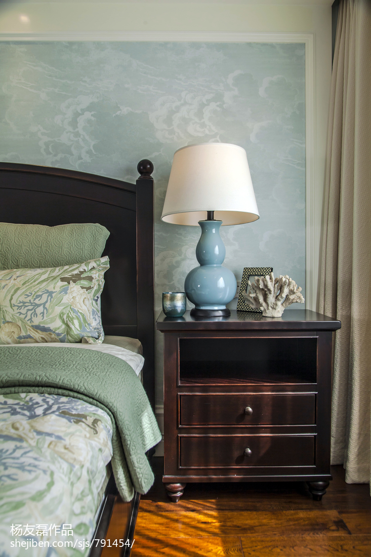 精美面积90平美式三居卧室实景图