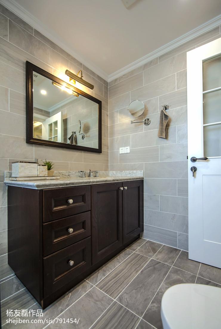热门美式三居卫生间装修设计效果图片欣赏