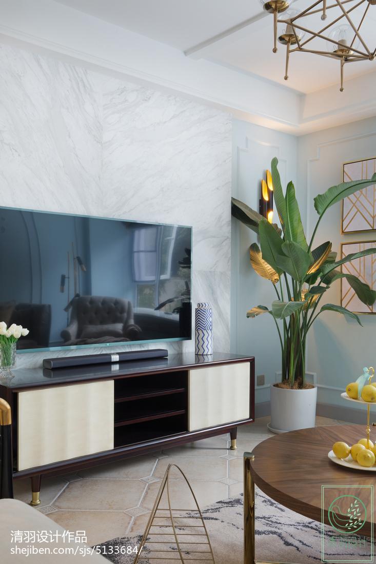 面积103平美式三居客厅实景图片