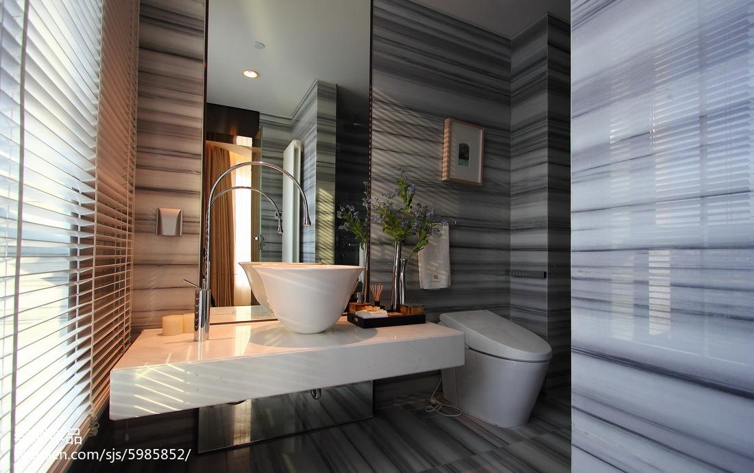 精美面积103平现代三居卫生间装修实景图片欣赏