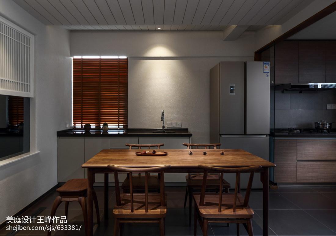 热门面积105平中式三居餐厅实景图片欣赏